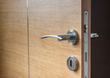 Donu0027t Lock the Door and Get Trapped in Old Thinking & Donu0027t Lock the Door and Get Trapped in Old Thinking - The Clemmer Group