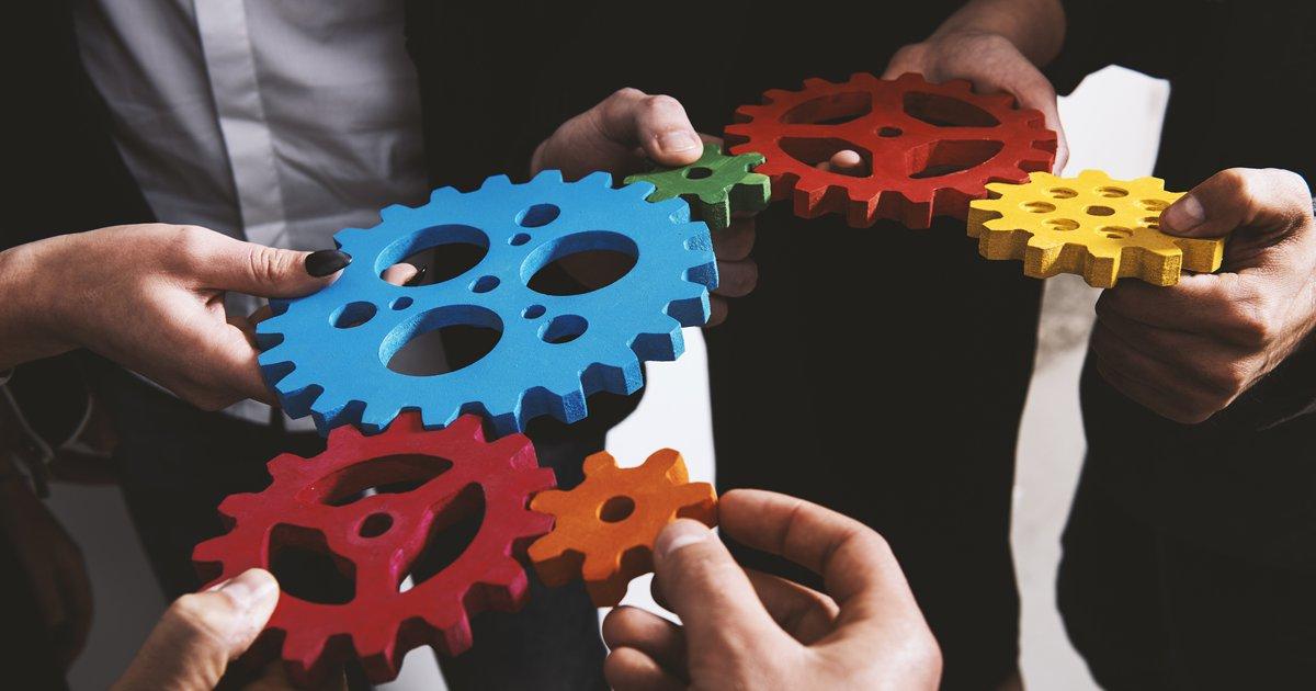 teamwork starts at the top of an organization