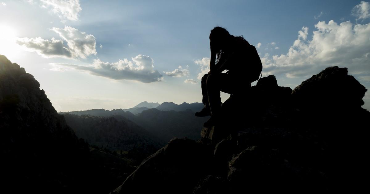 leave behind pessimism